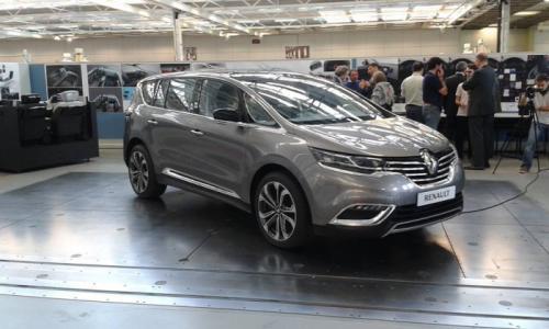 Nouveauté : Découvrez avec nous la nouvelle Renault Espace Crossover 2015
